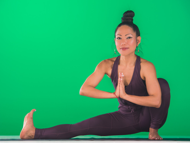Yoga With Nerry: Yoga for travellers
