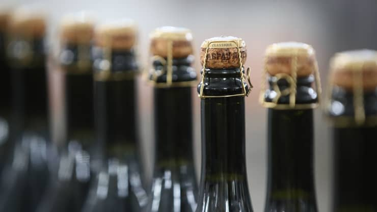 Russia upsets France with new Champagne law: Here's what you need to know