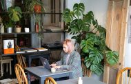 3 simple changes you can make at work for a more eco-friendly office