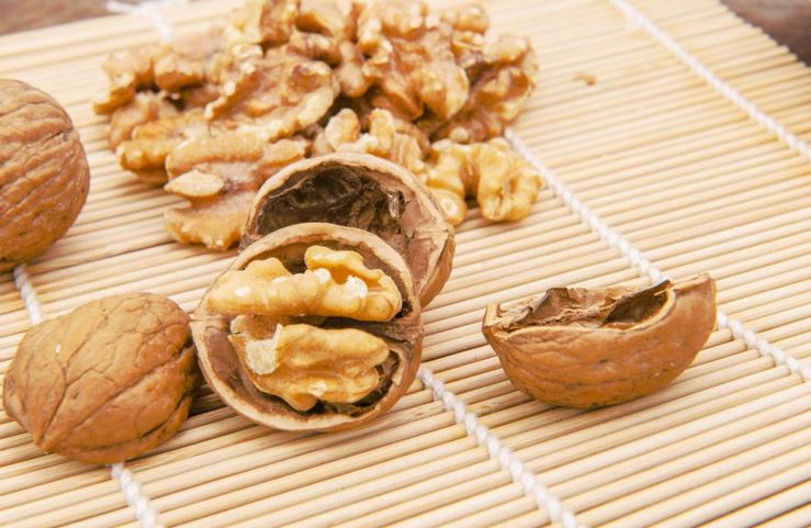 What are the health benefits of walnuts?