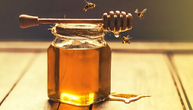 Discover the health benefits of honey... This Superfood is the Oldest Sweetener on Earth
